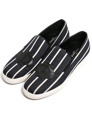 Linen stripe slip-on